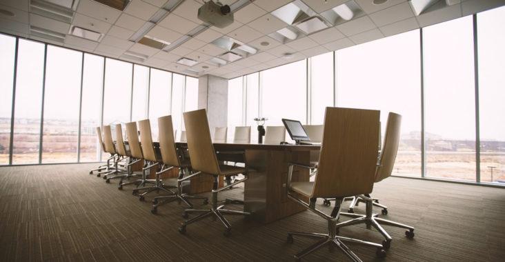 Du mobilier de bureau à prix discount : les entreprises en rêvent !